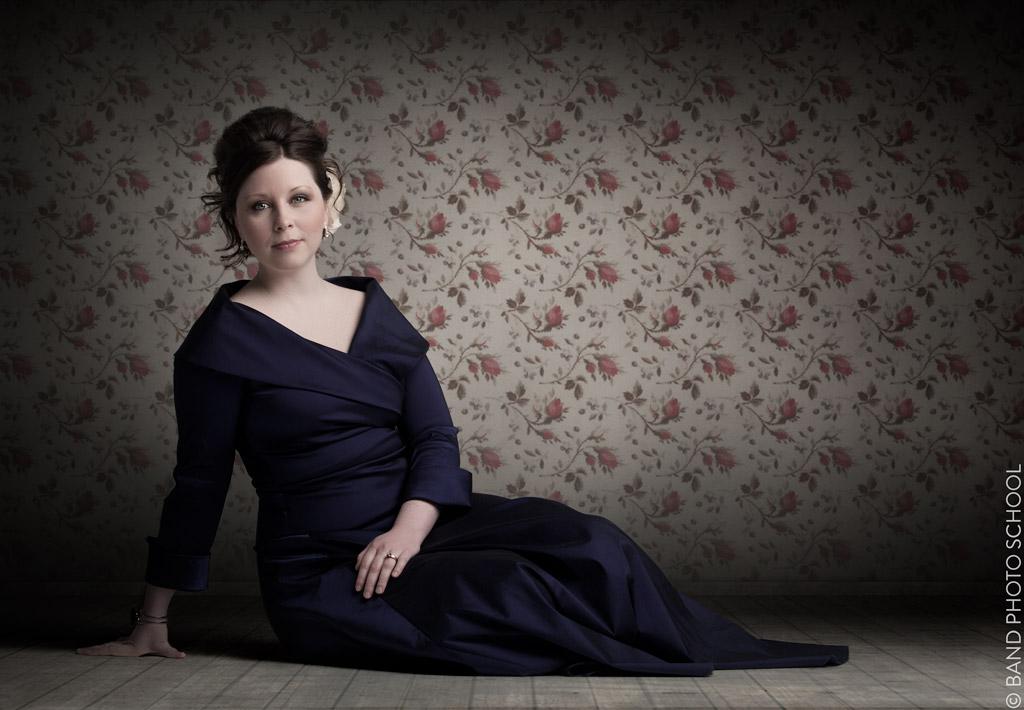 Kari Atalla in Room With Rose Wallpaper - Christian Singer Songwriter Promo  (1).jpg