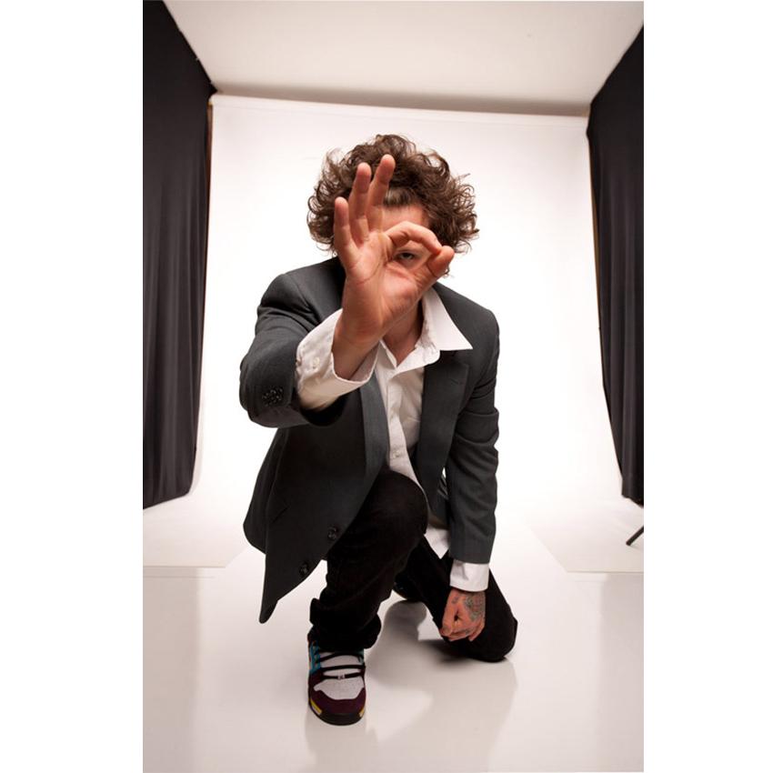 Rob Analyze OK - Electronica DJ Promo1 (2).jpg
